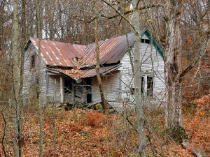 Broken House by cindy47452 on flickr. This picture makes me feel the same way as a house I drive by everyday.