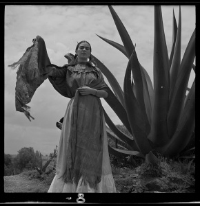 Frida Kahlo, 1937. Courtesy Library of Congress.